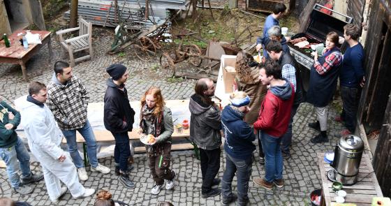 Die Bauherrenschaft organisierte ein schönes Grillfest für die Studierenden des Wintersemesters