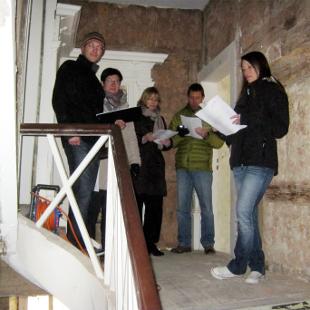 Untersuchung der Treppe im Niersteiner Adelshof
